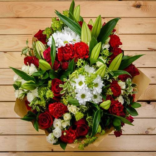 I See Beauty   Buy Flowers in Saudi Arabia   Gifts