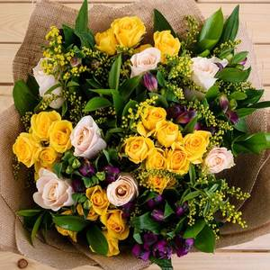 Thoughtful | Buy Flowers in Saudi Arabia | Gifts